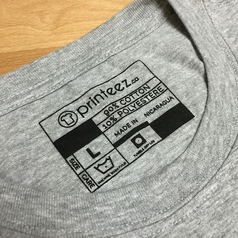 Neck tag on t-shirt in Canada - Printeez