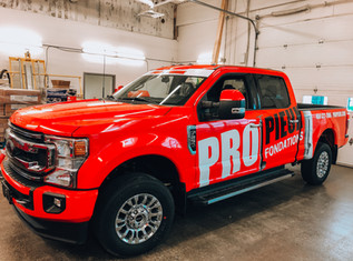 Wrap and car lettering for commercial vehicles