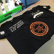 Screen printing t-shirts