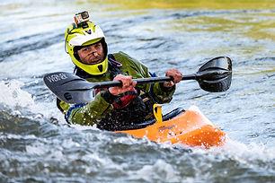 Descida de Kayak.jpg