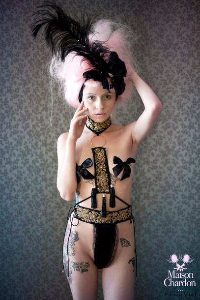 Marquise Fundoshi panty, Marquise harness