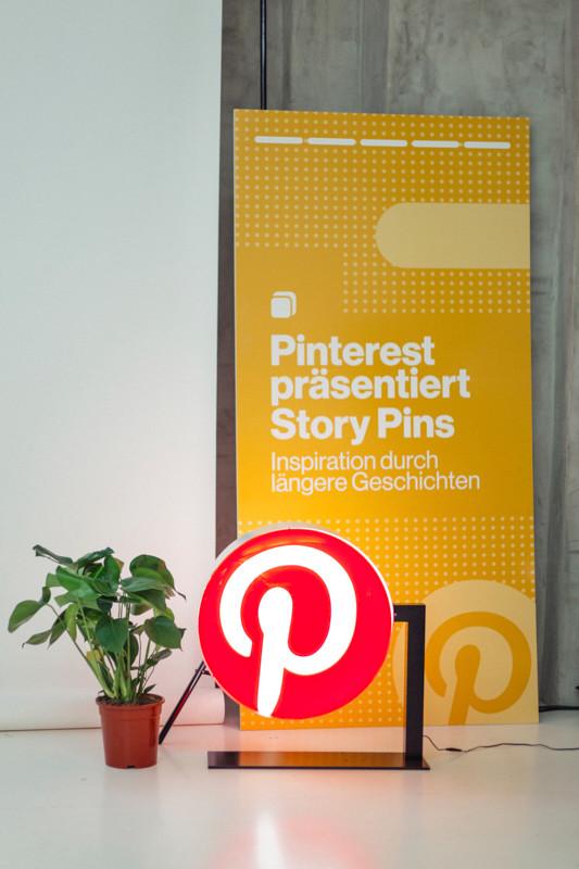 Wir haben die wichtigsten Tipps vom Story Pins Launch zusammengefasst. In einer Checkliste erfährst du, was einen Pinterest Story Pin erfolgreich macht.