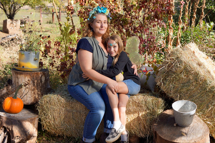 Mom & Fairy Daughter 3web.jpg