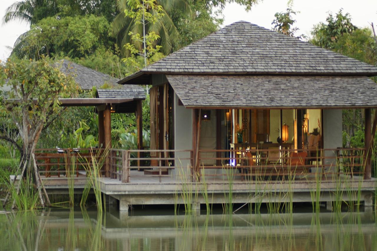 Float Villa