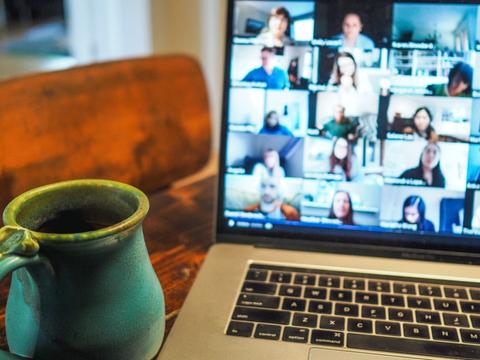 Focus groups vs online communities