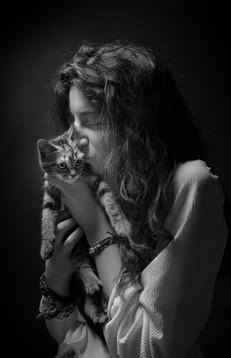 Photographie chat et sa maîtresse studio
