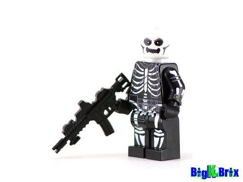 SKULL TROOPER Custom Printed Lego Inspired Fortnite Minifigure!