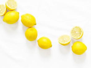Zitronenwasser – gesund, basisch und hilft beim Abnehmen!