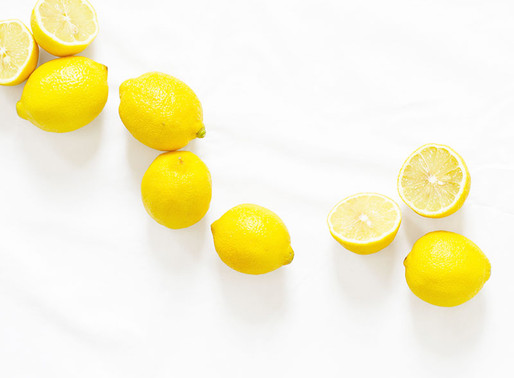 Lemon cookies with a punch