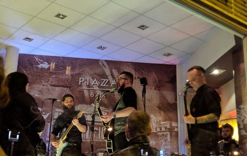 Live @ Piazza Bar, Bern
