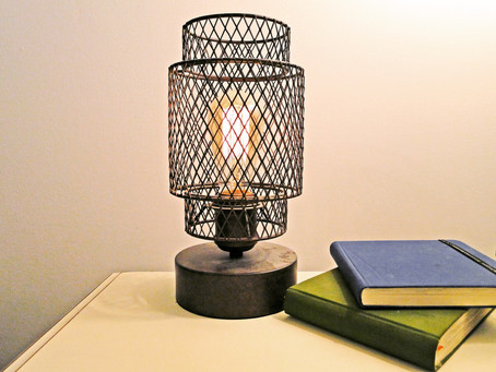 VINTAGE LAMP GIVE AWAY