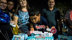 Halleniver: menino comemora aniversário na arena Halleluya