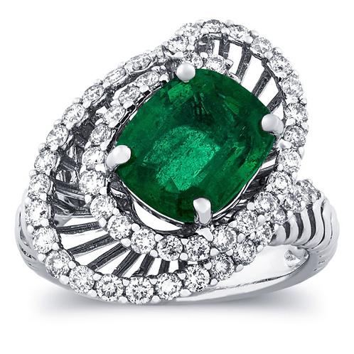 Exquisite 4 1/4 Carat Diamond - Emerald Ring in 18k Gold