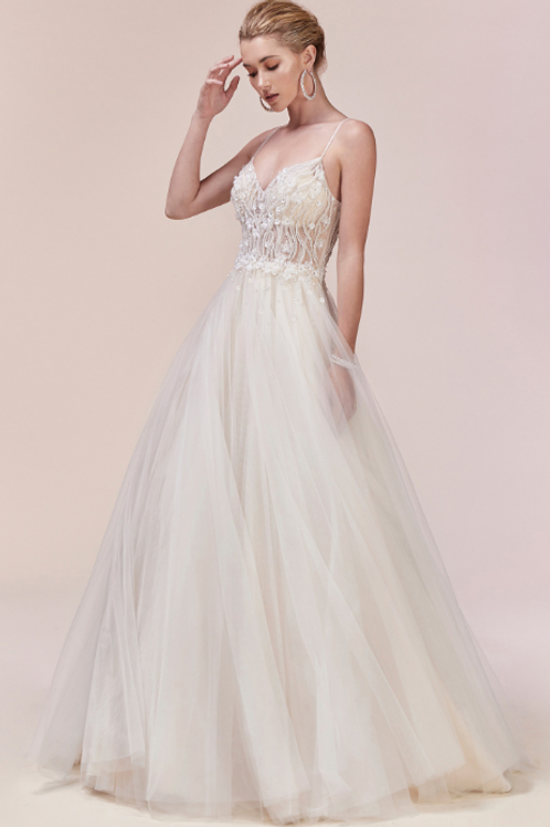 Elegant 3D Wedding Gown Floral Beaded Bodice W An Ethereal A-Line Tulle Skirt