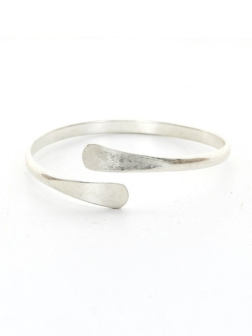 Metal casting Cuff Bracelet