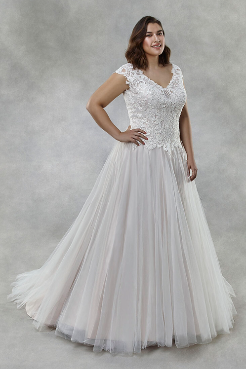 Mignon Manley Embellished Lace Top CURVY Bridal Gown