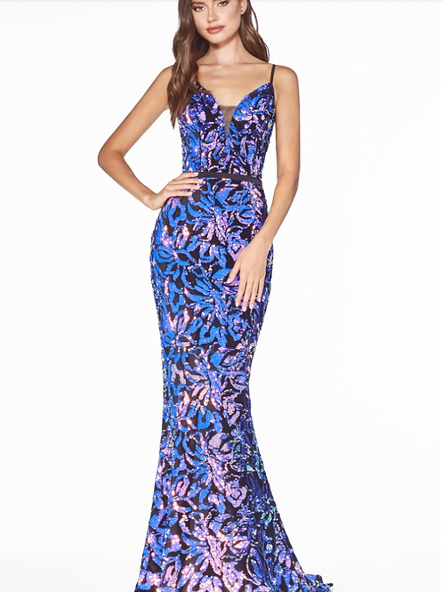 Fitteddress with multicolor sequin pattern and open back