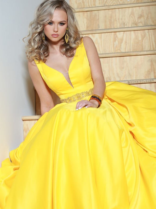 Mesmerize the night in this dress by Jasz Couture 6421