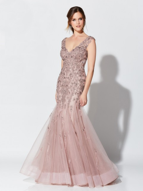 Ivonne D Exclusively for Mon Cheri Trumpet-Style Formal Gown