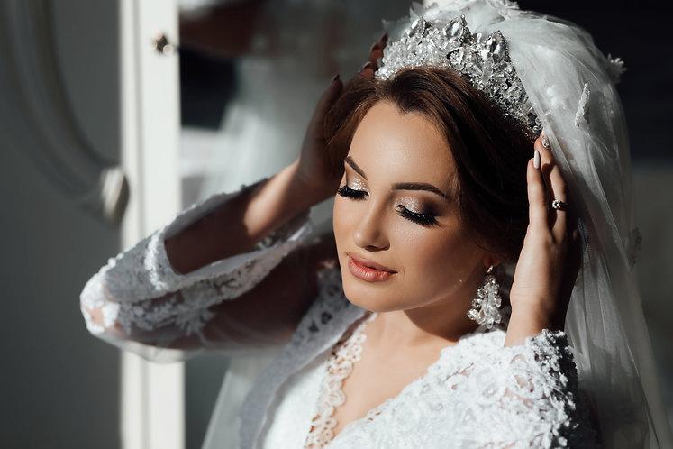 Gorgeous beauty young bride portrait. Be