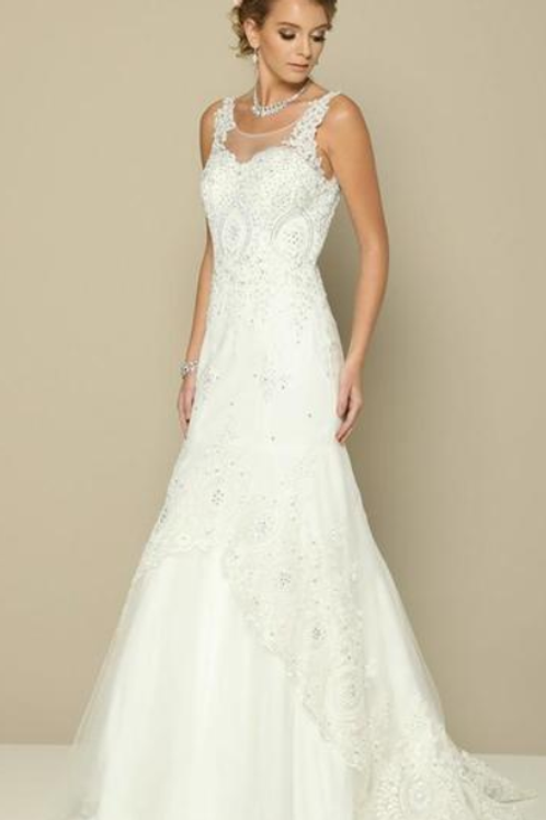 Elegant Beautiful Bridal Gown