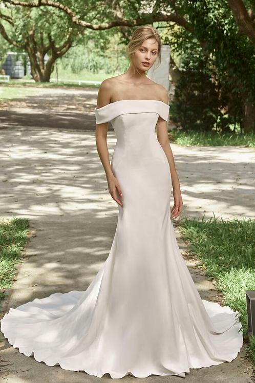Mignon Manley OC2030 LetitiaOmelie Pearl Satin Bridal Gown