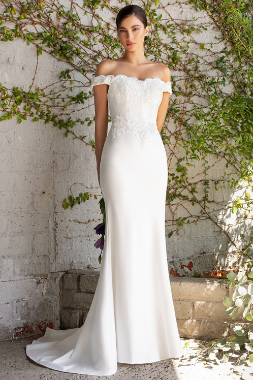 Off the shoulder fitted gown with lace applique details and stretch jersey
