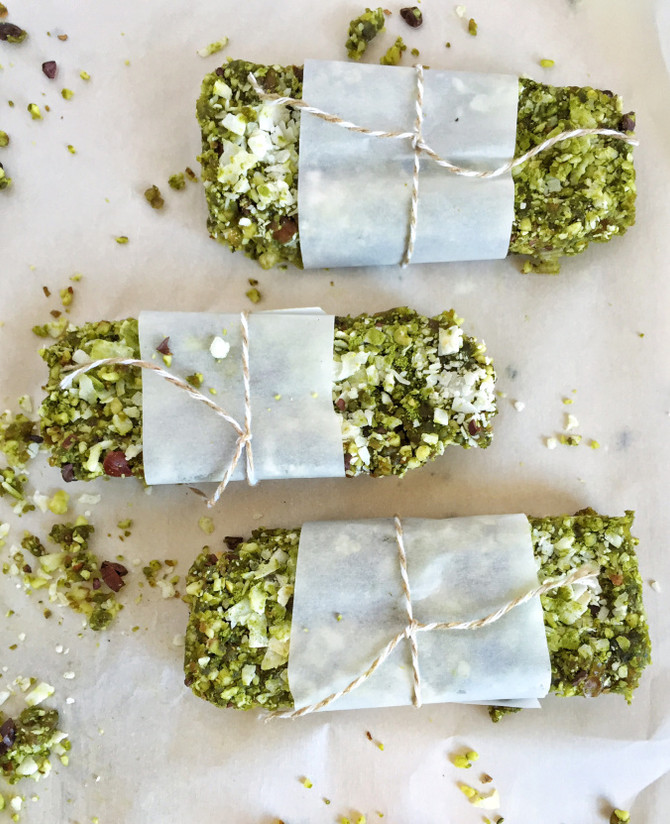 Green Matcha Tea Pistachios Bars