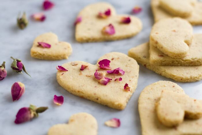 Rose & Vanilla Shortbread