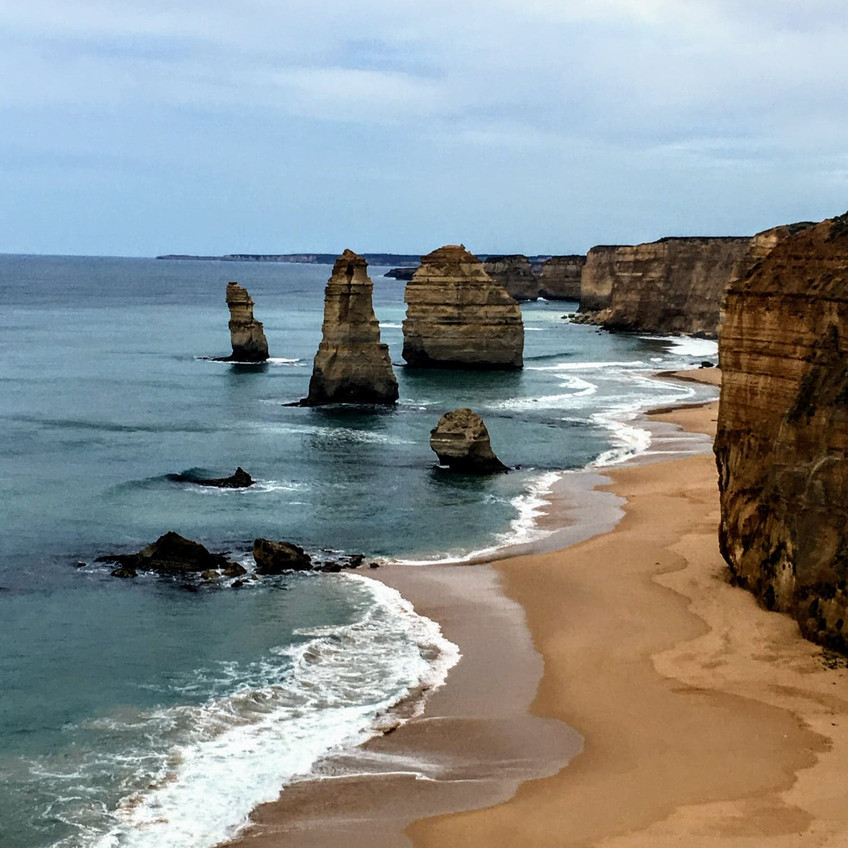 12 Apostles in Australia with ocean view and waves