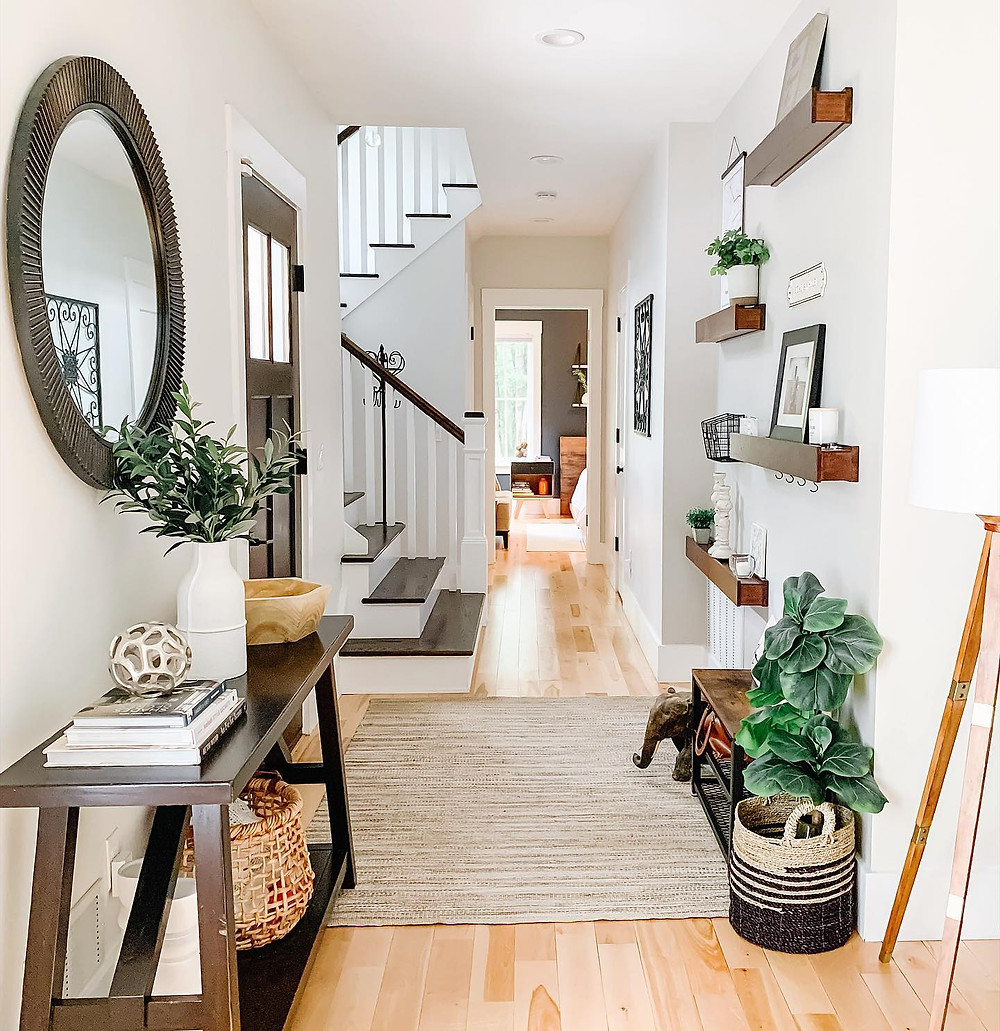 Entryway with open shelving