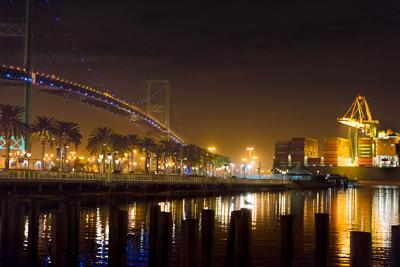 Vincent Thomas Bridge, Night