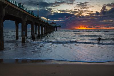 Last Wave, Manhattan Beach