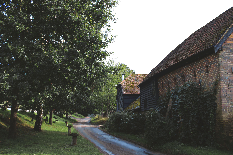 Bramley Surrey, English Wedding Venue, Slades Farm