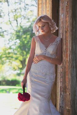 Relaxed & Romantic Bridal Portrait