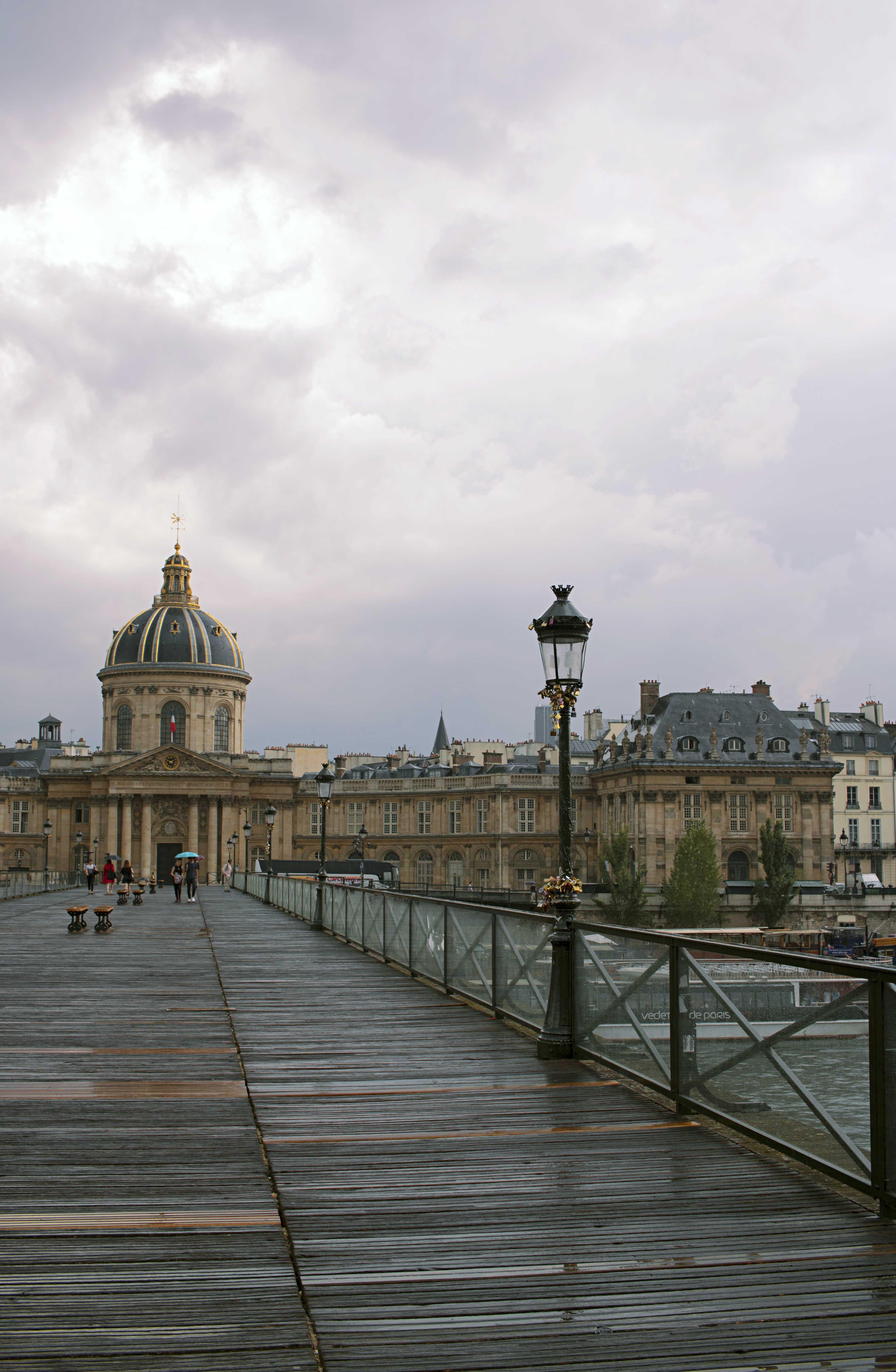 Sex and the City Paris Bridge