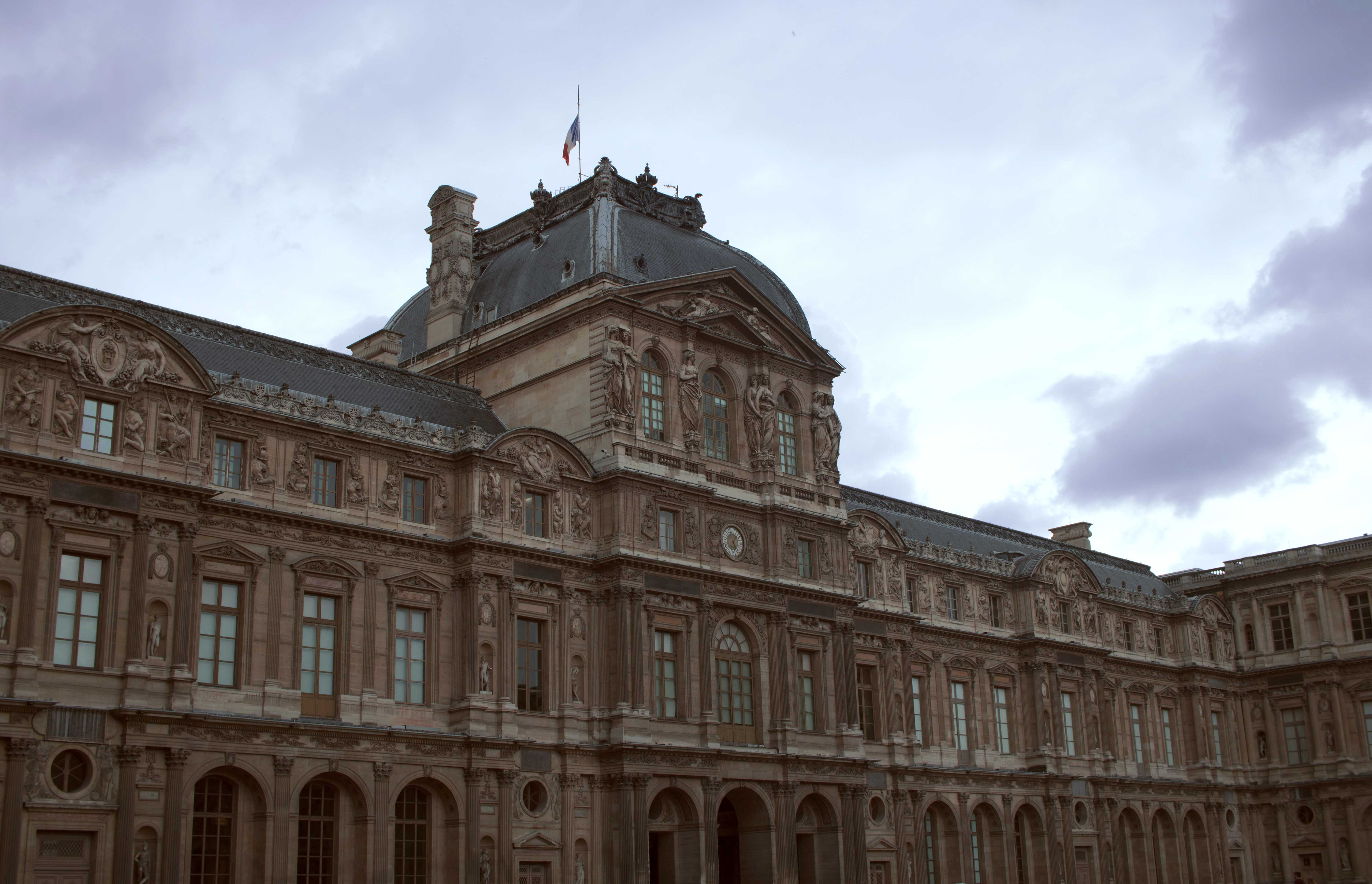 Stunning Buildings at The Louvre