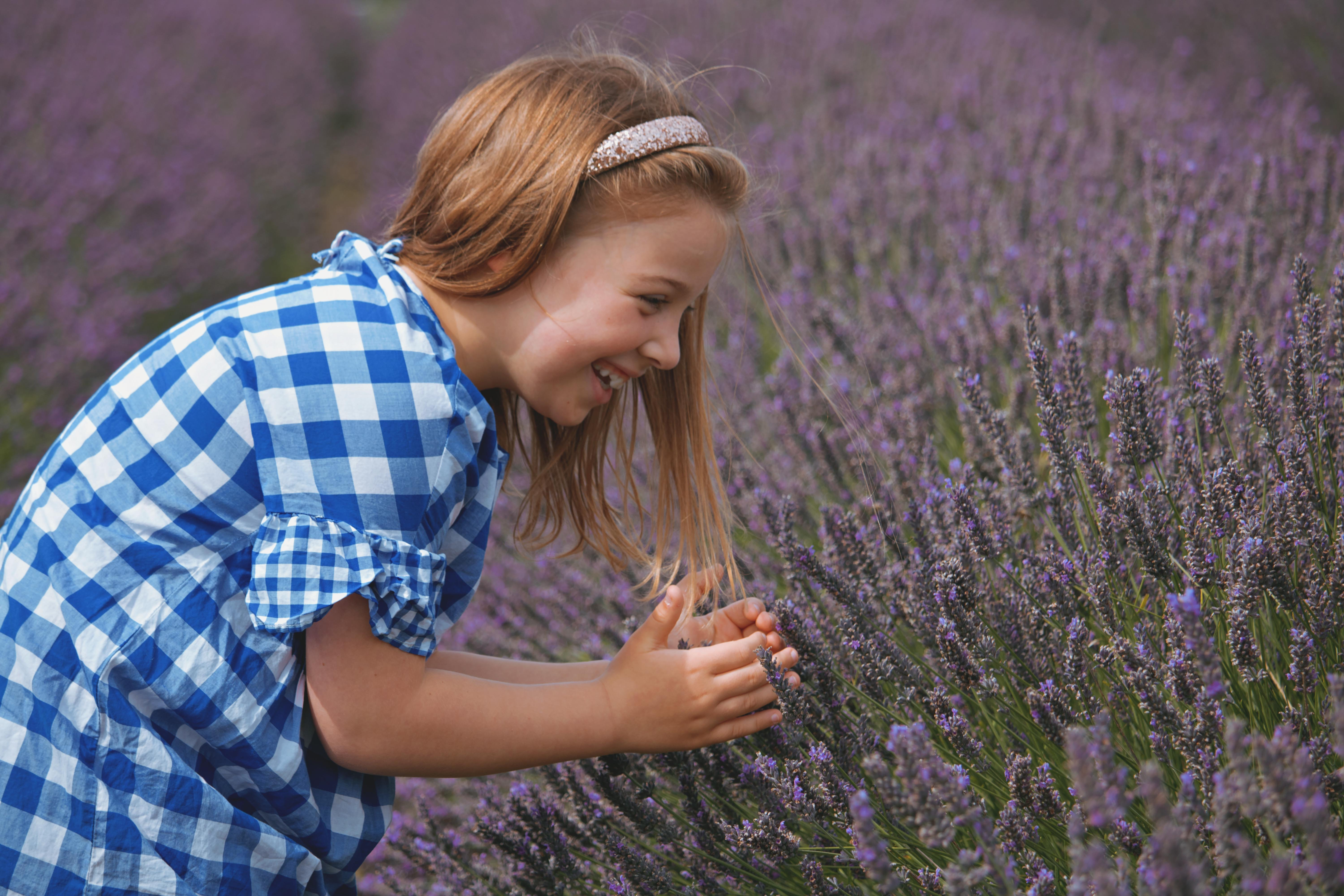 Documentary Family Photography at Mayfield Lavender