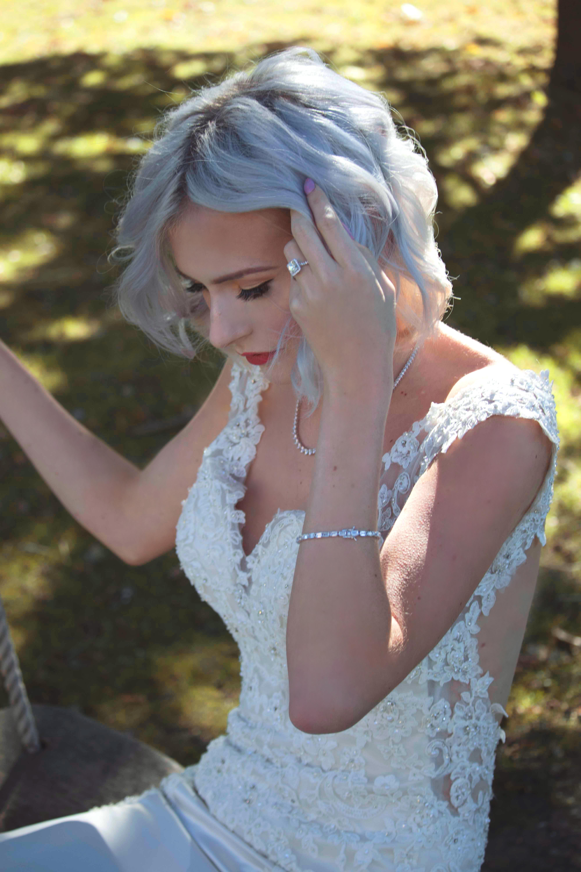 Swing Bridal Shot Glam Bride