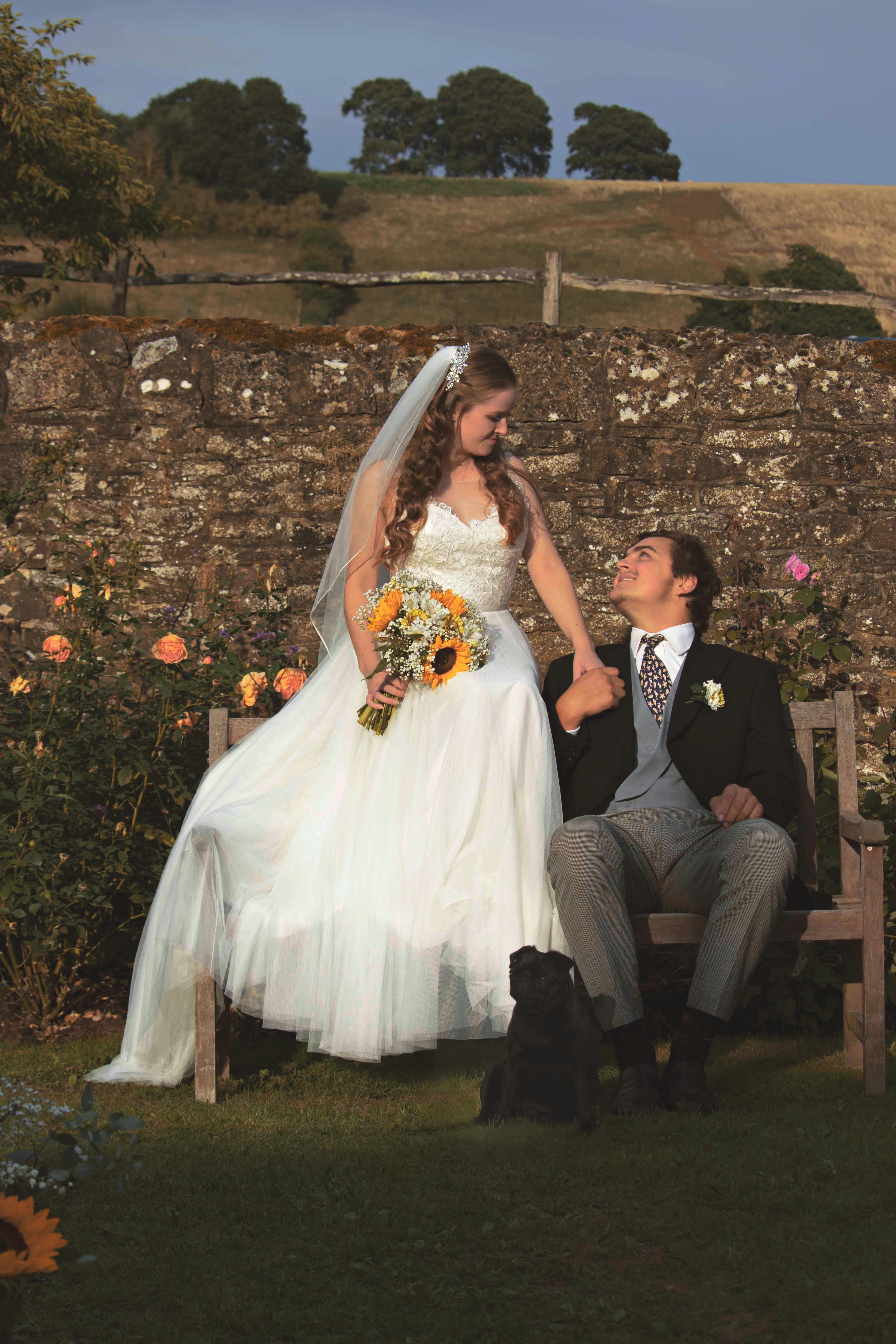 Outdoor Barn & Farm Wedding Couple Shots