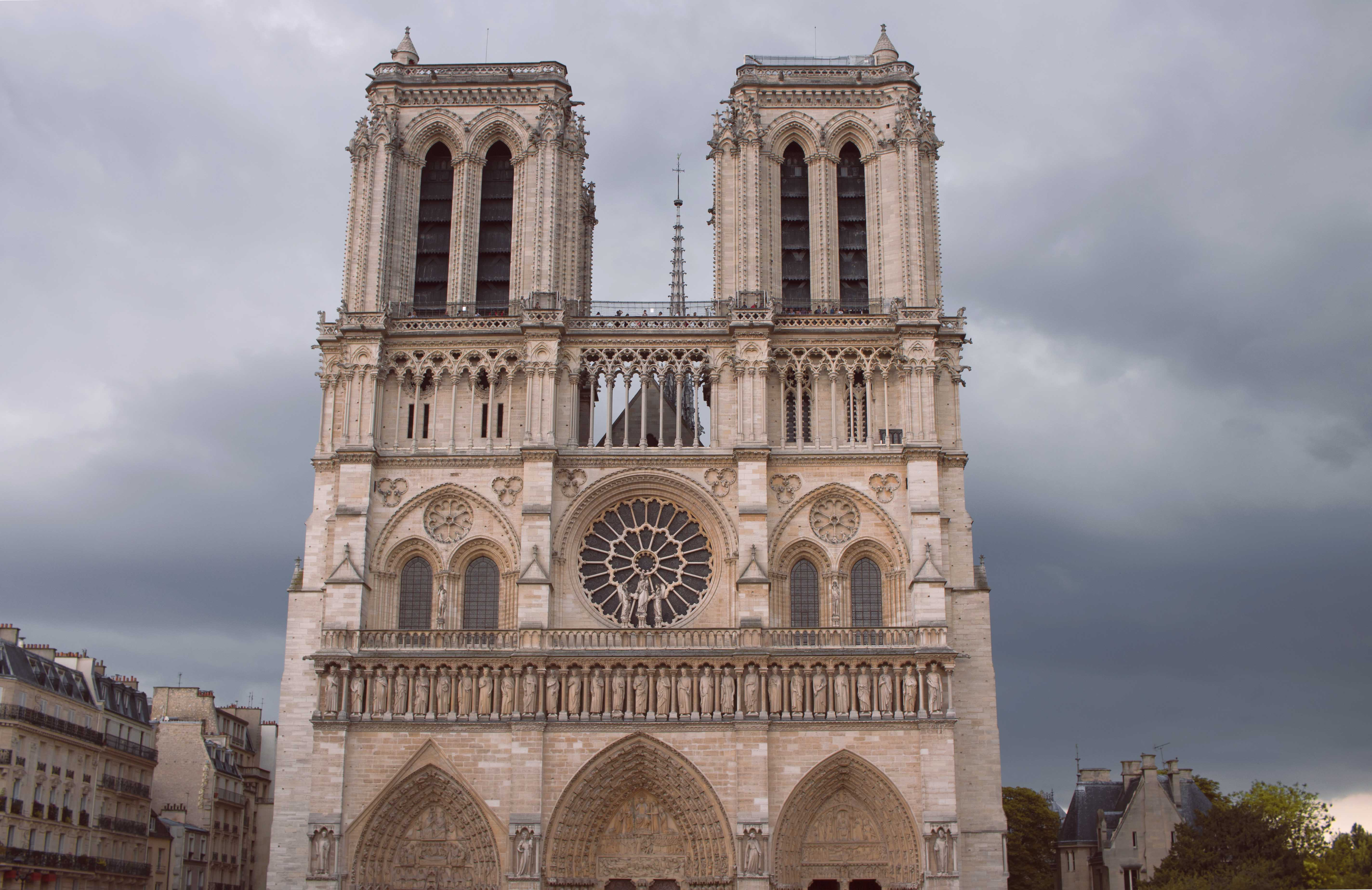 Exteior Notre Dame Cathedral