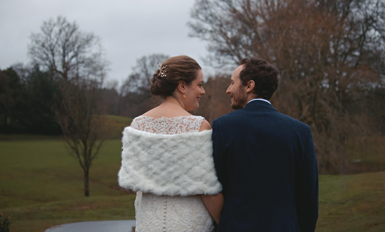 Outdoor Winter Wedding Shots
