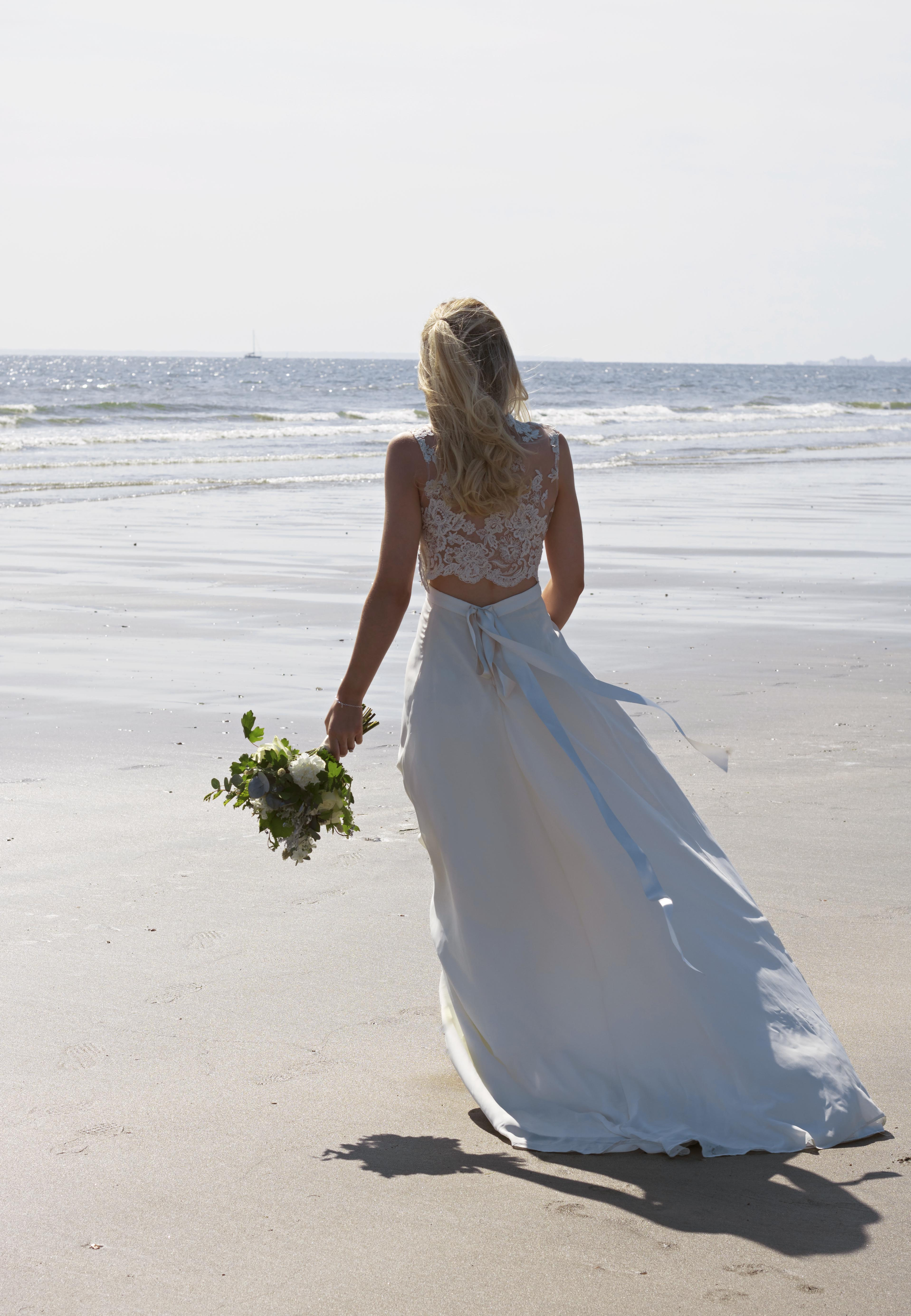 Stunning Bridal Shots at the Beach