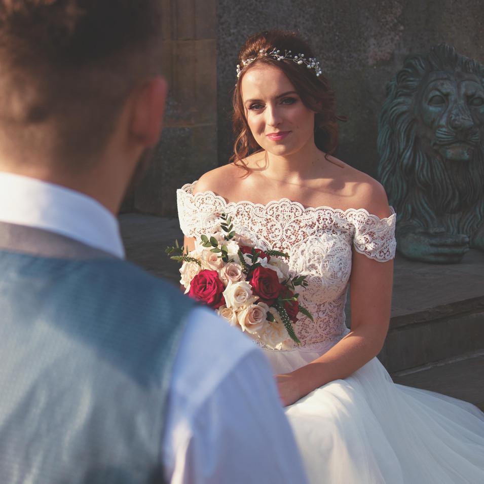 Romantic Couple Shots at Somerset Castle