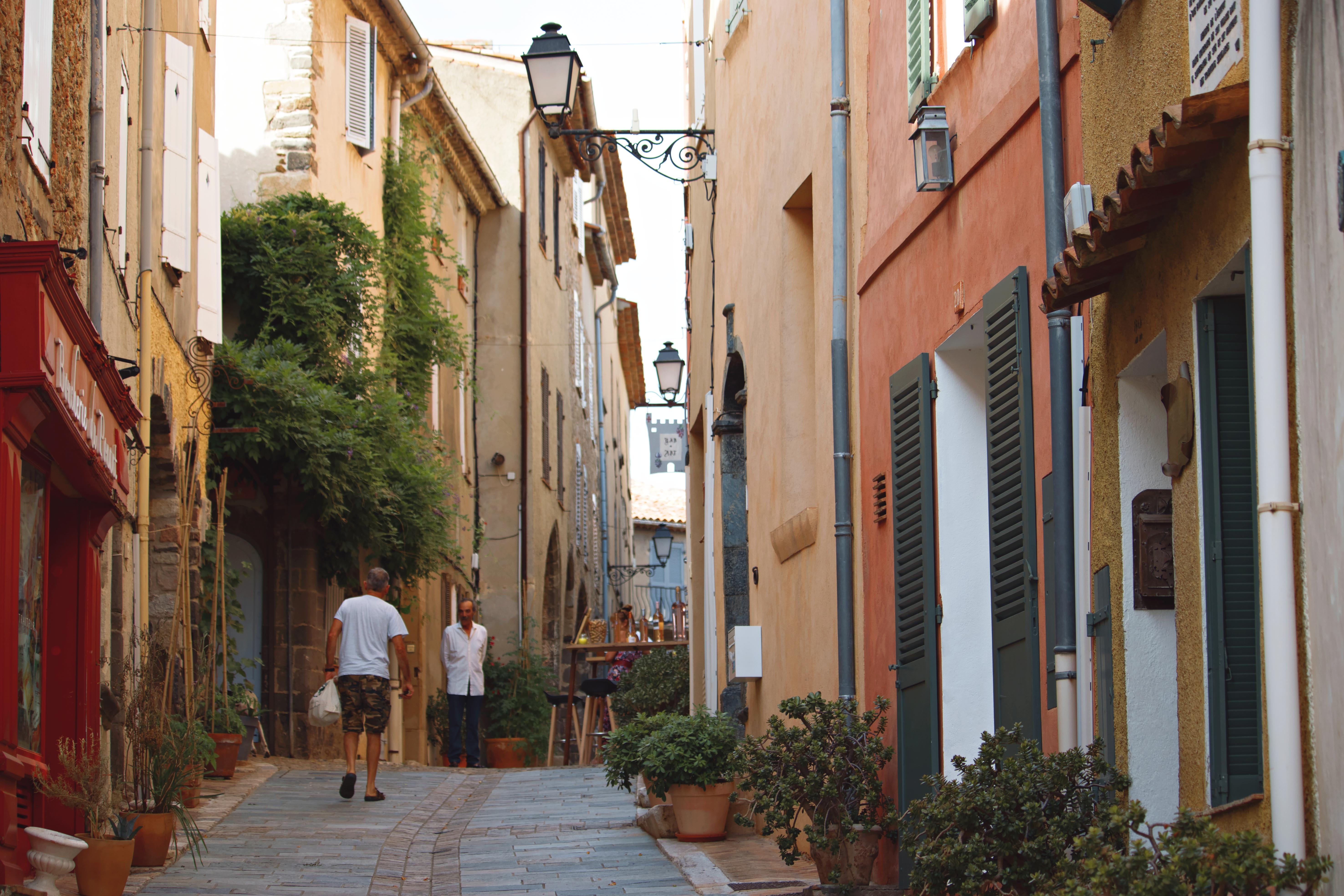 Quaint Highstreets in South of France
