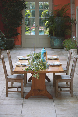 Tuscan Themed Wedding Table
