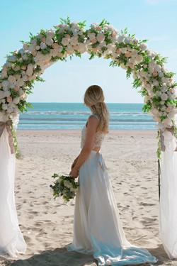 Relaxed Bridal Beach Portraits