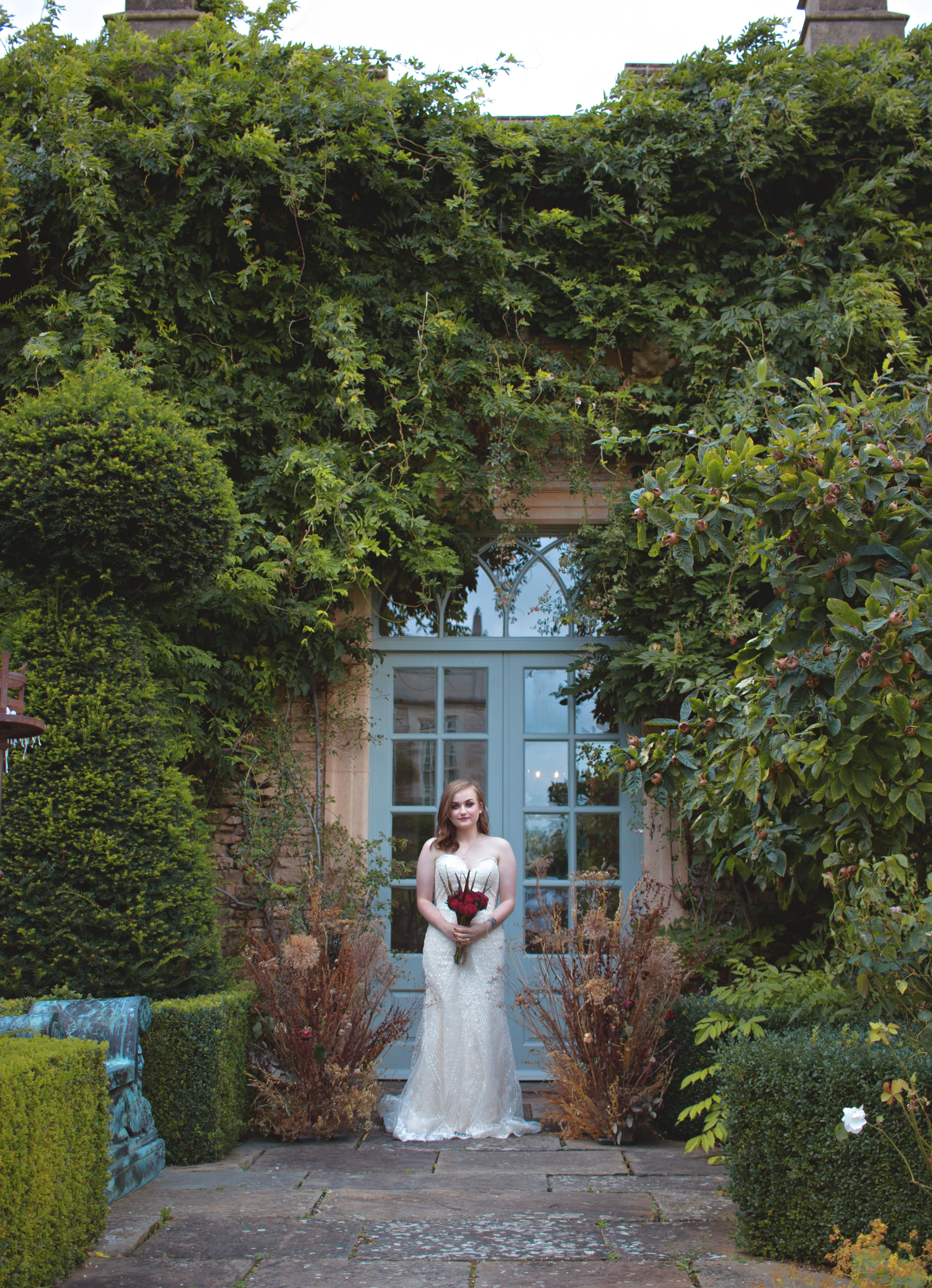 Bridal Portraits at Euridge Manor 1920s Themed Wedding