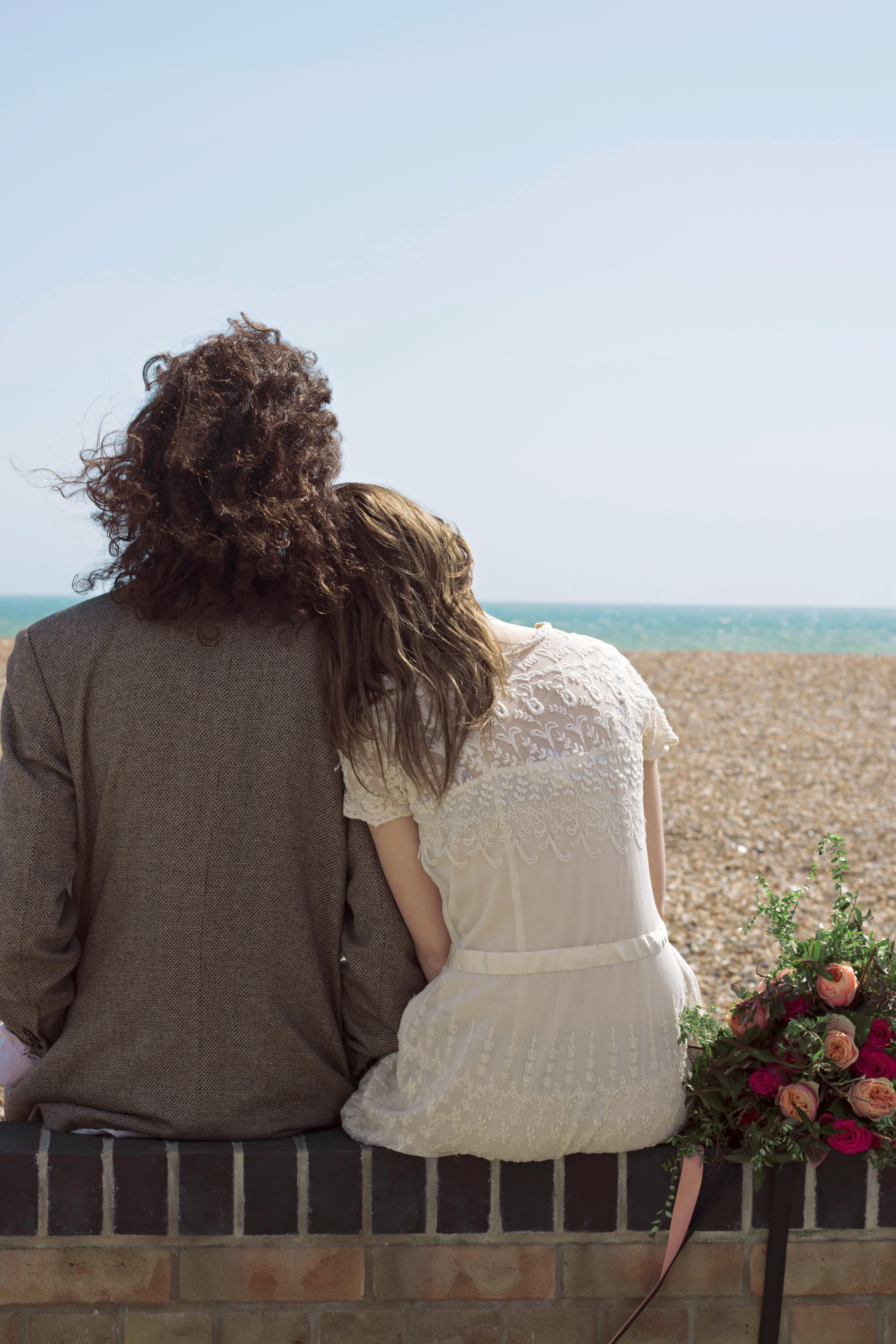 Relaxed Seaside Couple Portraits
