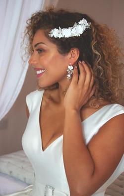 Beautiful Glam Bridal Portrait Nettlestead Place